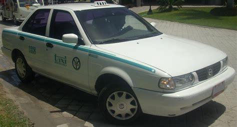 nissan tsuru taxi file nissan tsuru b13 taxi jpg wikimedia commons