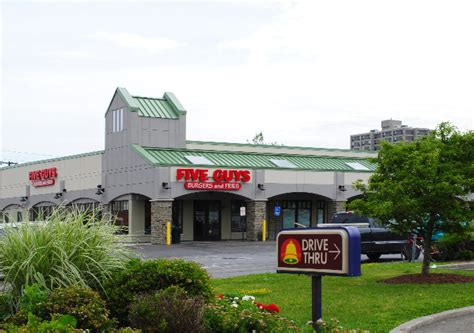 Ithaca Shopping Plaza