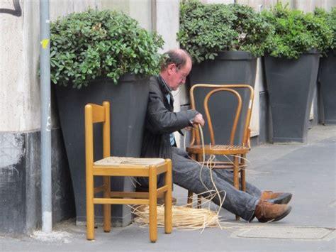 Comment Rempailler Une Chaise by Le Rempailleur De Chaises Completementflou