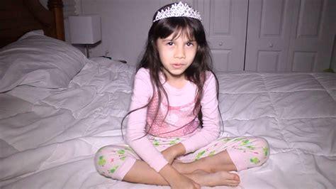 bailey 7 year old female 7 year old american filipino girl singing songs youtube