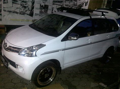 Engsel Penahan Pintu Avanza 1 3 Xenia 1 0 1 3 1pc Asli all new avanza auto lifestyle93