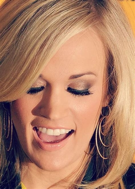carrie underwood eye color carrie underwood 窶 co n ry m 鋠c carr鋠e