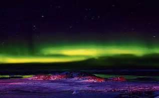 australian lights historic flight lands in antarctica environment smh au