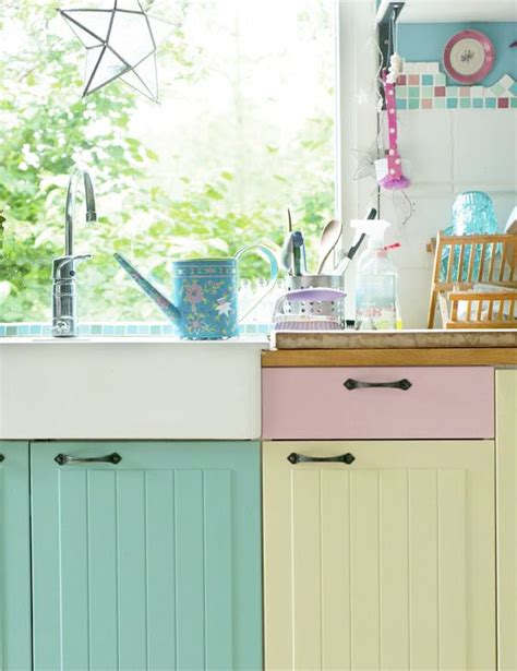 pastel kitchen best 25 pastel kitchen ideas on pinterest