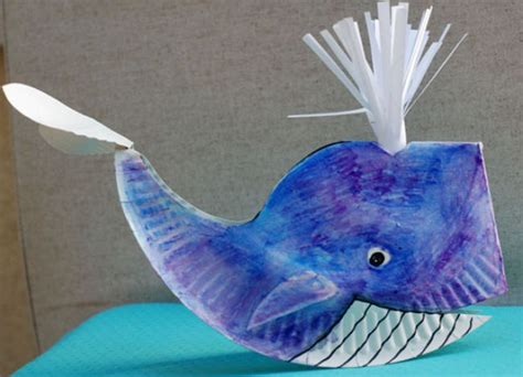 Whale Paper Plate Craft - 29 paper plate crafts for tip junkie