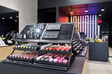 Eyeshadow The Shop new mac cosmetics store opens in westwood daily bruin