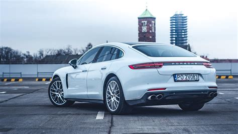 Porsche Panamera 911 by Porsche Panamera Gts 911 Dla Rodziny Autocentrum Pl