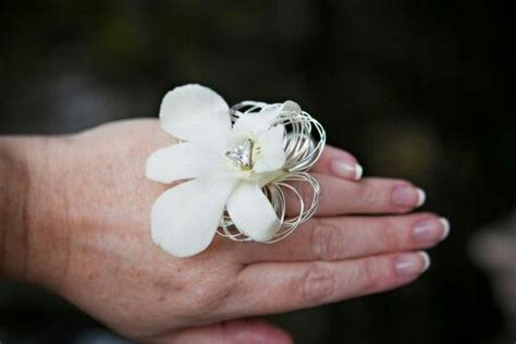 trendy corsages 13 best ideas about trendy prom flowers on pinterest