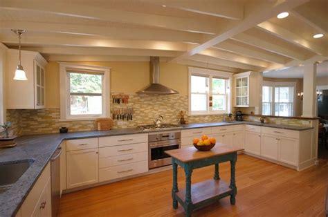 White Cabinets Soapstone Countertops White Shaker Kitchen Soapstone Countertop Farmhouse