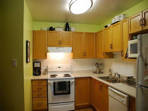 lime green kitchen cabinets 17 best images about kitchen cabinets on pinterest