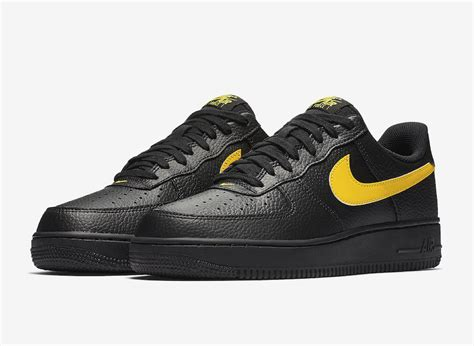 color air ones nike air 1 07 lv8 low black amarillo aa4083 002
