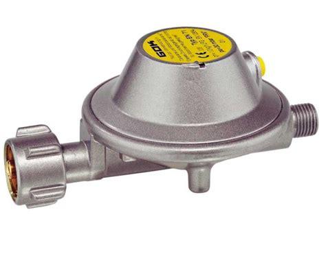 Manometer 4kg 1 4 gasregler 1 2kg mit manometer wandhalter 75311 reimo
