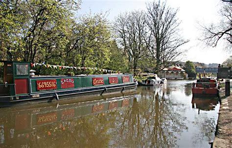 boat house edinburgh union canal edinburgh canal society boat house at ashley