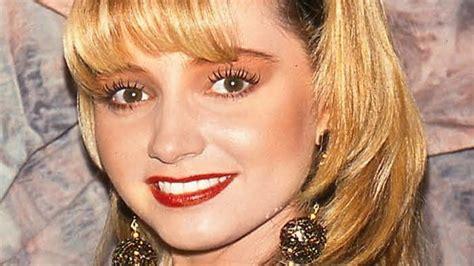 Lip Liner Rivera rivera 90s makeup