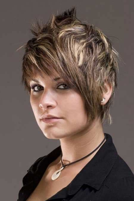 pixie blonde hair with brown low lights balayage hairstyles for short length hair