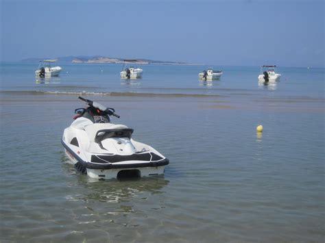 jet boat hire thomas boat jet ski hire rent hire boats jet skis in