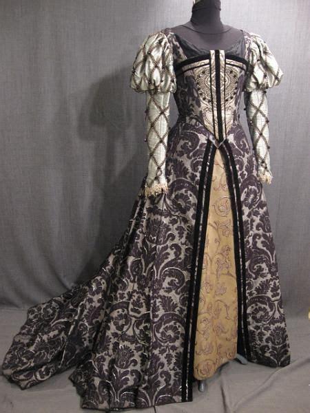 Lomgdress Brocade gown tudor black silver brocade renaissance