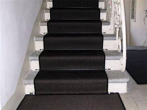 tappeti per scale moquette su scale sistemi di posa pavimentazioni