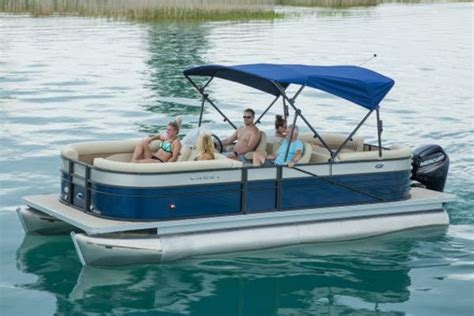 crest pontoon boats crest pontoons ii 230 boats for sale boats