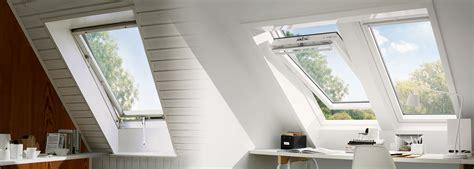 Wie Viel Kostet Ein Fenster by Dachfenster Austauschen Und Renovieren Velux Hat Die