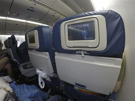economy comfort delta air lines 767 400 er comfort premium economy