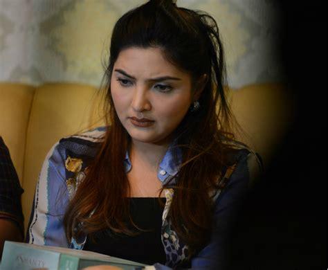 Pemutih Ashanty dituding berbahaya produk kecantikan ashanty rugi rp5