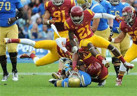 Mba Ucla Vs Usc by Usc Vs Ucla 2012 Score Bruins Lead Trojans 31 20 After