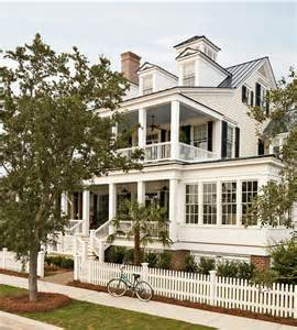 Coastal Home Design by Classic Coastal Home Home Bunch Interior Design Ideas