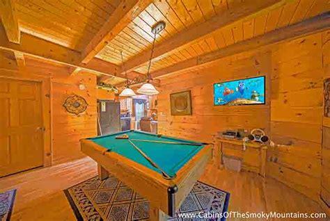 1 bedroom cabin with indoor pool gatlinburg cabin pools rush inn 1 bedroom sleeps 4