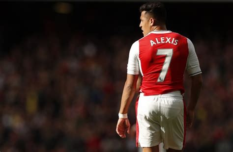 alexis sanchez performance data arsene wenger leaves arsenal fans puzzled after latest