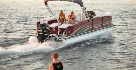 towing a tube with a boat turbo swing tow wakeboarders boat tubes and skiiers with