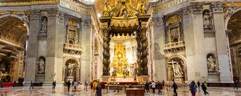 il baldacchino di san pietro la basilica di san pietro vaticano