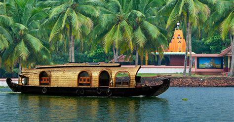backwater houseboat  fort kochi   cochin port