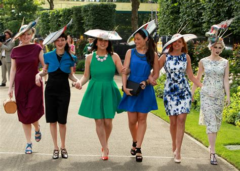 s day 2014 pictures 2 day fashion and hats at royal ascot 2014 metro uk