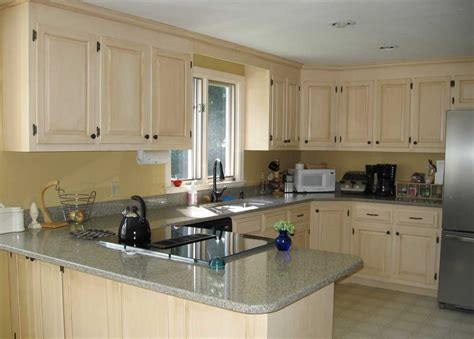 colors for kitchens with light cabinets awesome paint colors for kitchen cabinets with light