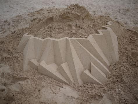 calvin seibert geometric sand sculptures 2 the awesomer