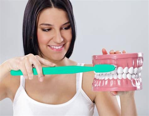 Gigi Sehat Dan Cantik tips merawat gigi agar sehat dan kuat