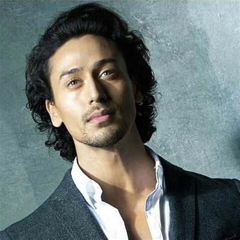 tiger shroff hair style 2016 latest look of tiger shroff from baaghi movie