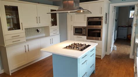 easy way to refinish kitchen cabinets repainting kitchen cabinets 28 kitchen cabinet painting