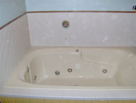 bathtub refinishing spokane bathtub repair superior bathtub refinishing restoration