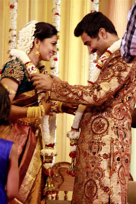 marriage stills exclusive sneha prasanna wedding reception pictures