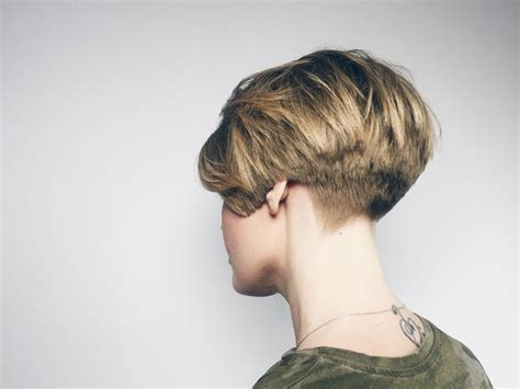 short vintage cap cut hairstyle 1000 images about hairdressng videos on pinterest bobs