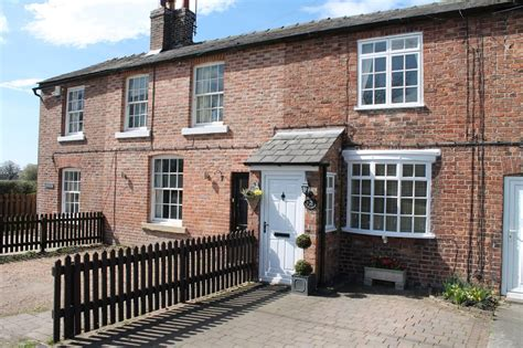 Green Road Cottages by Martin Co Wilmslow 2 Bedroom Cottage For Sale In Smithy