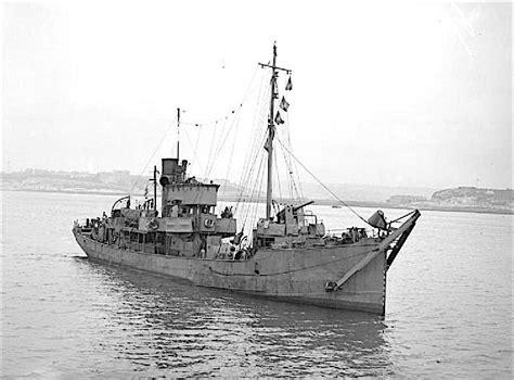 public boat launch port dover file hmt swansea castle fl4393 jpg wikimedia commons