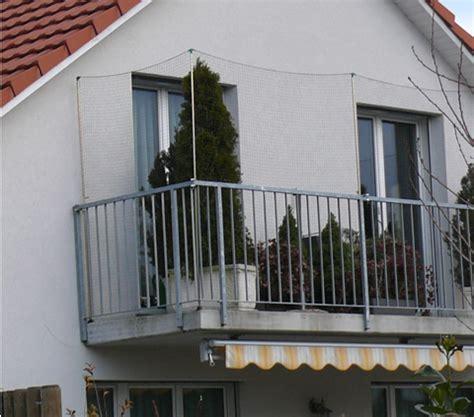 hängematte auf balkon befestigen katzennetz an offenem balkon zeigt eure bilder