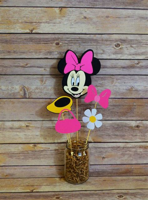 Minnie Mouse Baby Shower Favors Ideas by Minnie Mouse Baby Shower Decorations And Favors