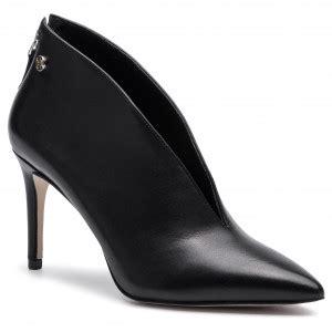 moteriski batai guess eavalynelt