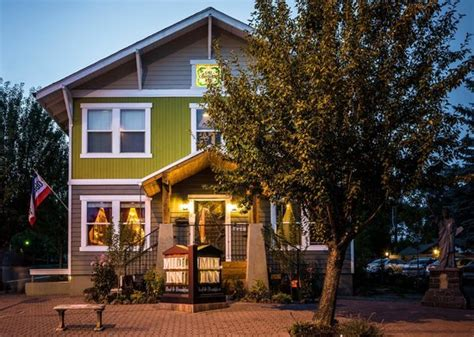 bed and breakfast bend oregon mill inn bed and breakfast updated 2018 b b reviews price comparison bend or
