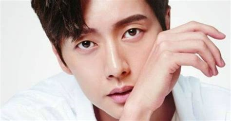 artis popular lelaki korea artis lelaki korea paling popular 2016 2017 mari