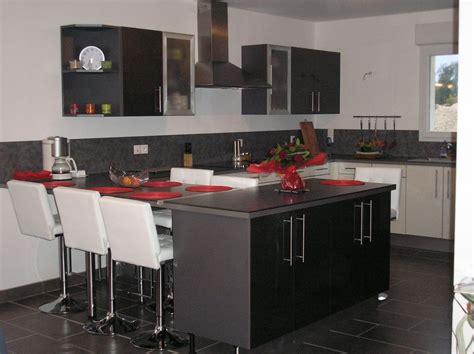cuisine avec table int馮r馥 cuisine en u avec table id 233 es de d 233 coration et de